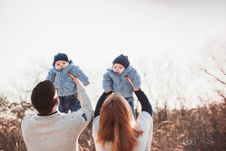FamilienbilderZwillinge 1024x684(pp w768 h513) - Familienfotografie